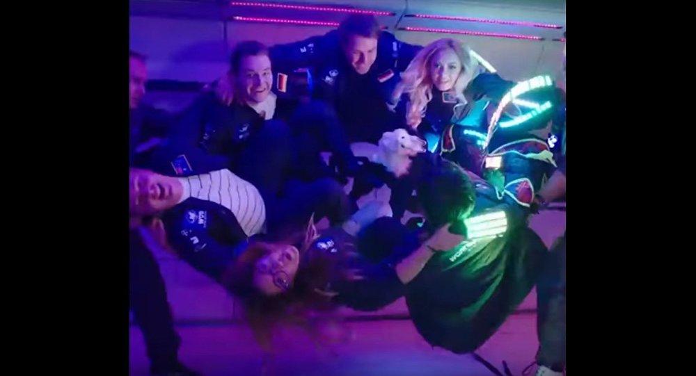 World's First Zero-G Music Show