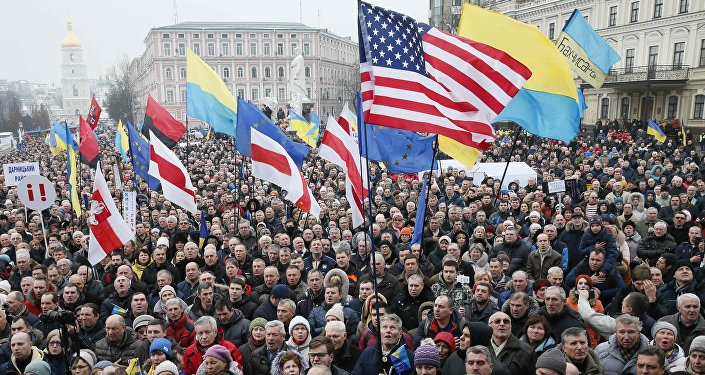 Supporters of Ukrainian opposition figure and Georgian former President Mikheil Saakashvili hold a rally against Ukraine's President Petro Poroshenko in Kiev, Ukraine February 18, 2018