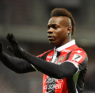 Nice's Italian forward Mario Balotelli celebrates after scoring a goal during the French L1 football match Nice (OGCN) vs Lille (LOSC) on March 2, 2018 at Allianz Riviera Stadium in Nice