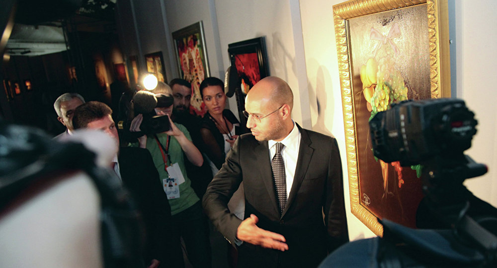 Saif al-Islam Presents His Program for Presidential Elections