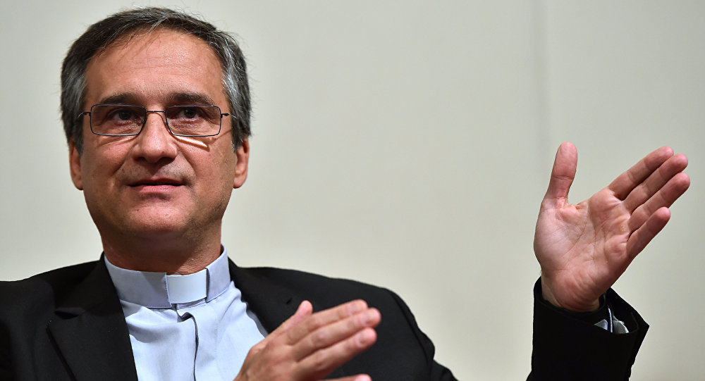 Dario Edoardo Vigano, Vatican's prefect of the Secretariat for Communications and Director of Vatican Television Center, attends a press conference, on April 29, 2016 in Rome. (File)