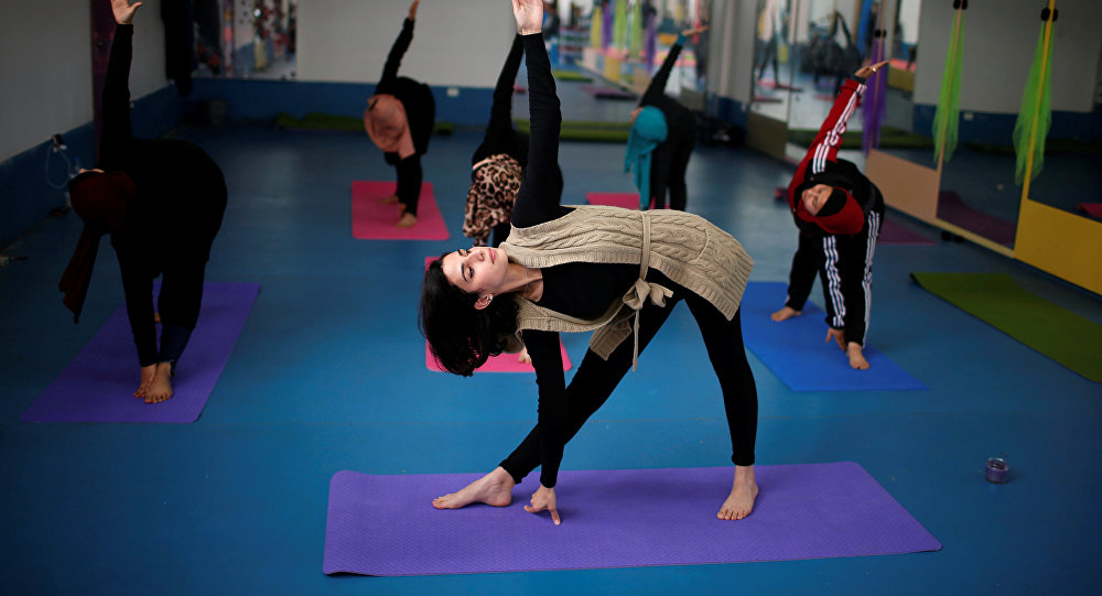 Palestinian women take part in a yoga session in Gaza City March 28, 2018