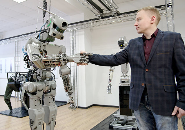 Testing the FEDOR (Final Experimental Demonstration Object Research) antropomorphic robot for the Spasatel rescue project, at a lab of Android Technics in Russia's Magnitogorsk. (File)