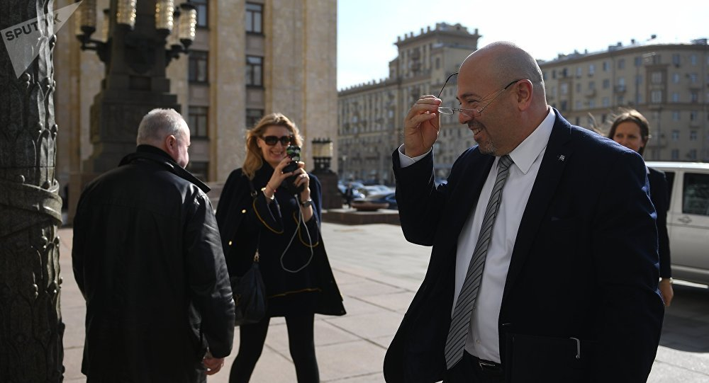 Israeli Ambassador to Russia Gary Koren near the Russian Foreign Ministry building