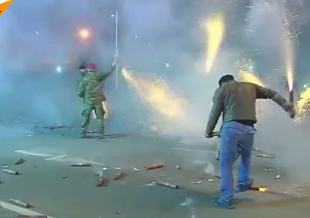 Greece: Pyrotechnics Mimic Ouster Of Ottoman Forces
