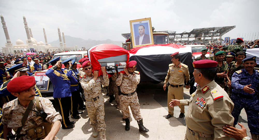Pro-Houthi army officers carry the coffin of Saleh al-Samad, a senior Houthi official, during a funeral procession held for him and his six body guards, killed by Saudi-led air strikes last week, in Sanaa, Yemen April 28, 2018