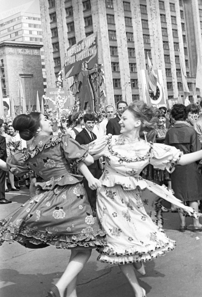 Peace, Labor, May! How Soviet People Celebrated International Worker's Day