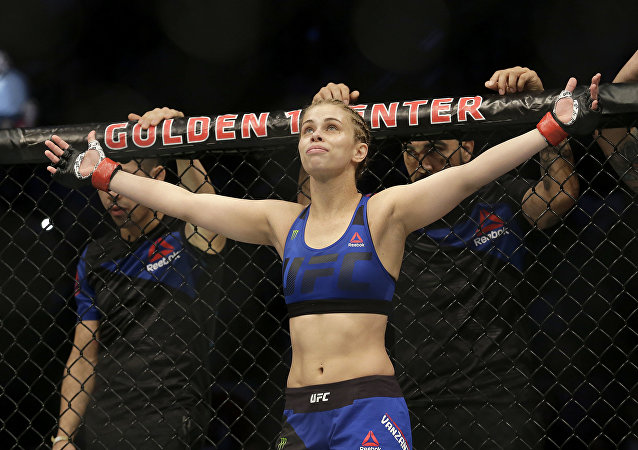 Paige VanZant before fighting Michelle Waterson UFC Fight Night mixed martial arts fight in Sacramento, Calif., Saturday, Dec. 17, 2016