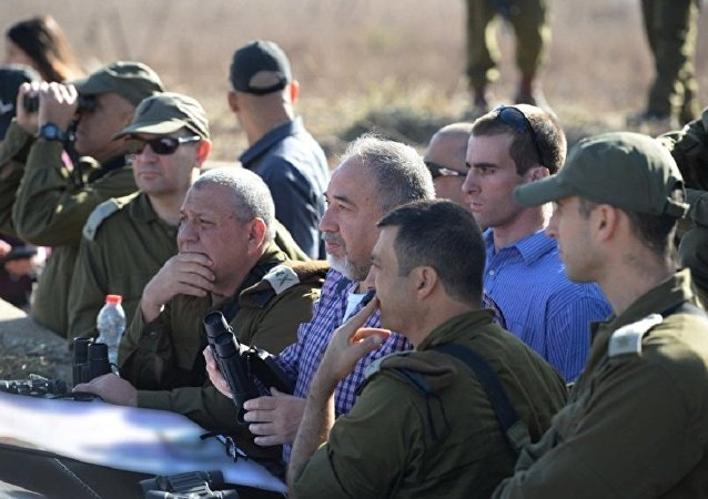 Defense Minister Avigdor Liberman on Israel's northern border, November 2017