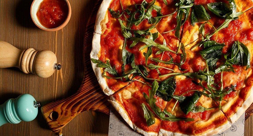 Nizhny Novgorod Mukka Restaurant's pizza