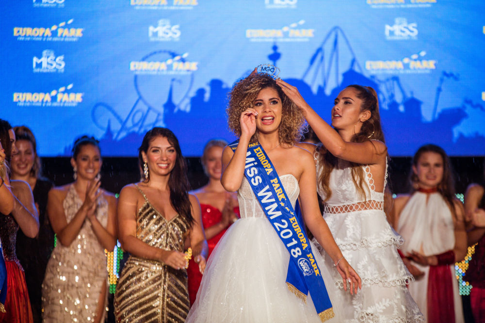 Sporty, Young and Beautiful: Miss World Cup 2018 Contest
