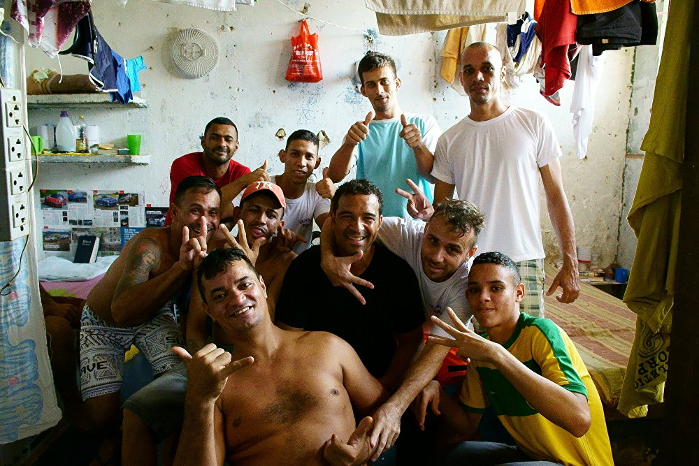 Raphael Rowe (center) with his cellmates at Porto Velho prison in Brazil's Rondonia state