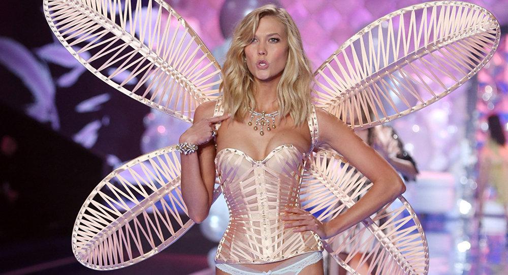 Karlie Kloss on the Victoria's Secret show catwalk