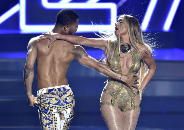 Video Vanguard award winner Jennifer Lopez, right, performs at the MTV Video Music Awards at Radio City Music Hall on Monday, Aug. 20, 2018, in New York.