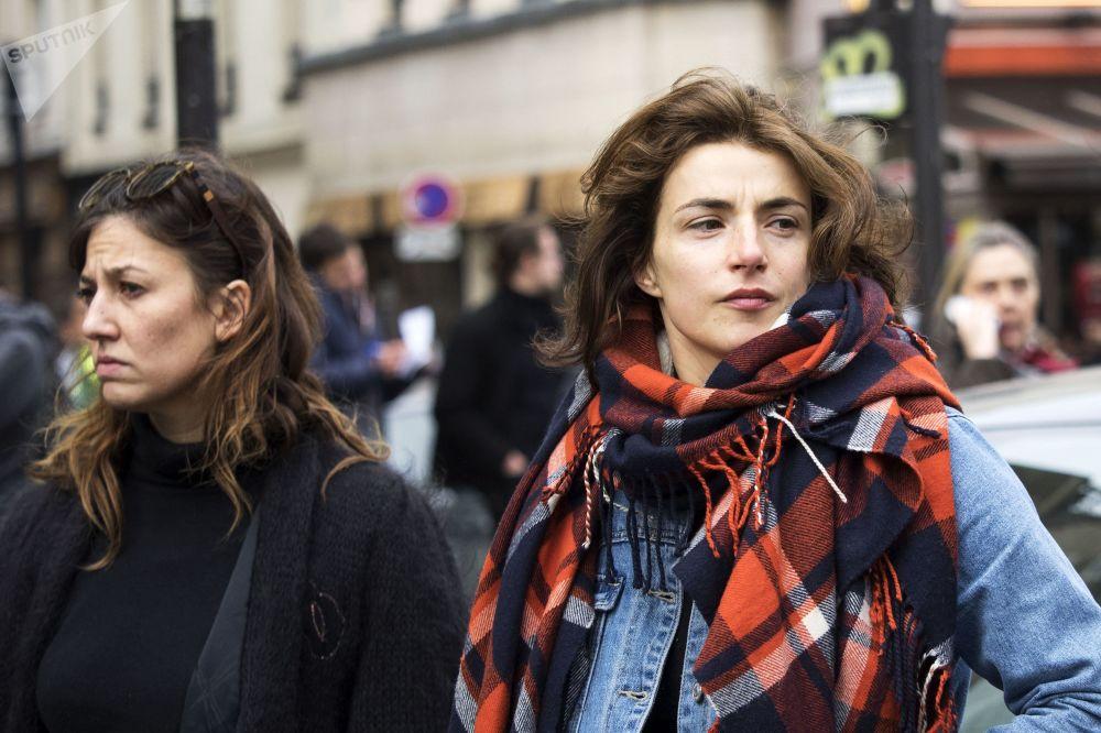 In the Eye of the Beholder: Beauty Standards Across the Globe