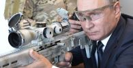 Vladimir Putin Trying Out Kalashnikov Concern's New Semi-Automatic Sniper Rifle
