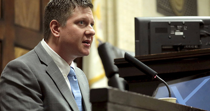 Chicago police Officer Jason Van Dyke takes the stand on Tuesday, Oct. 2, 2018, during his first degree murder trial for the shooting death of Laquan McDonald at the Leighton Criminal Court Building in Chicago.