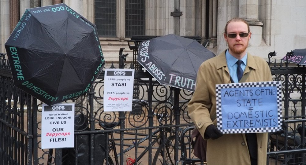 Victim of police spying protests outside the Royal Court of Justice