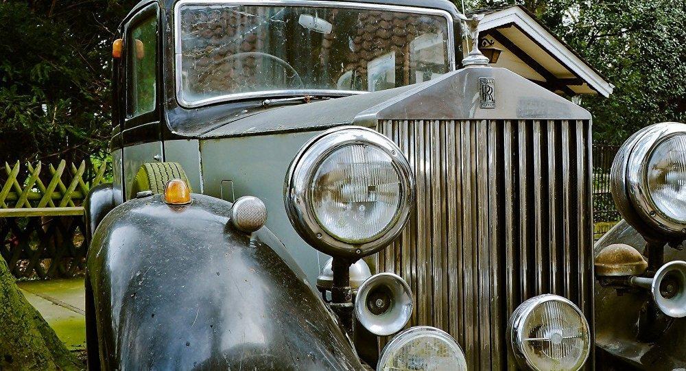 Vintage Rolls Royce Phantom