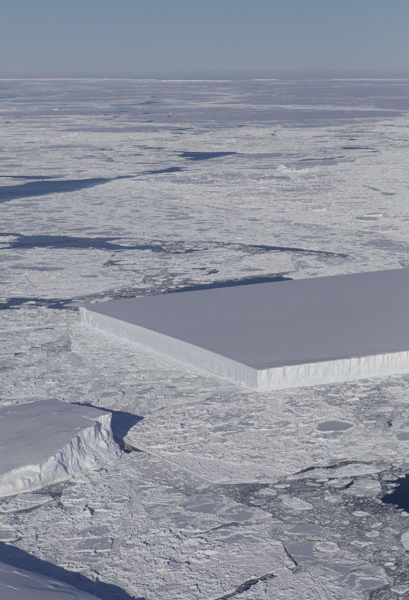 Antarctic iceberg snapped by NASA.