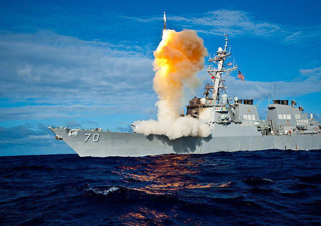 USS Hopper (DDG 70) launches a Standard Missile-3