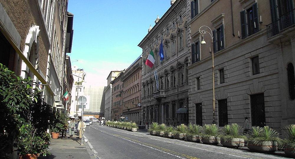 Roma, piazza e palazzo Madama