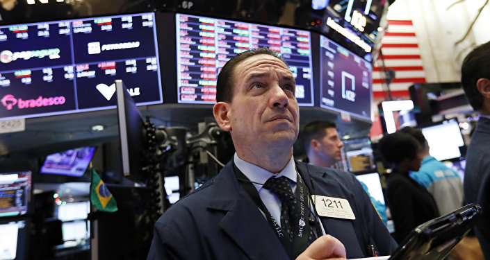 Dow Dives to Lowest Point in 2018 After Fed Rate Hike