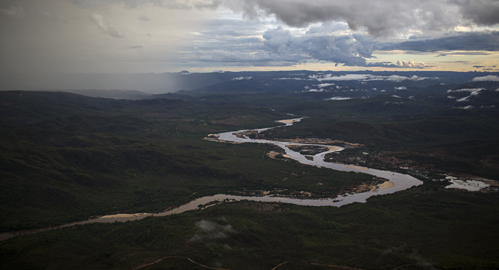 Dam ruptures at Brumadinho mine in Brazil, killing at least seven