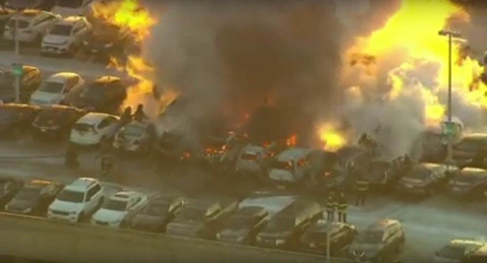 Newark airport fire today: Several cars burned in parking garage blaze