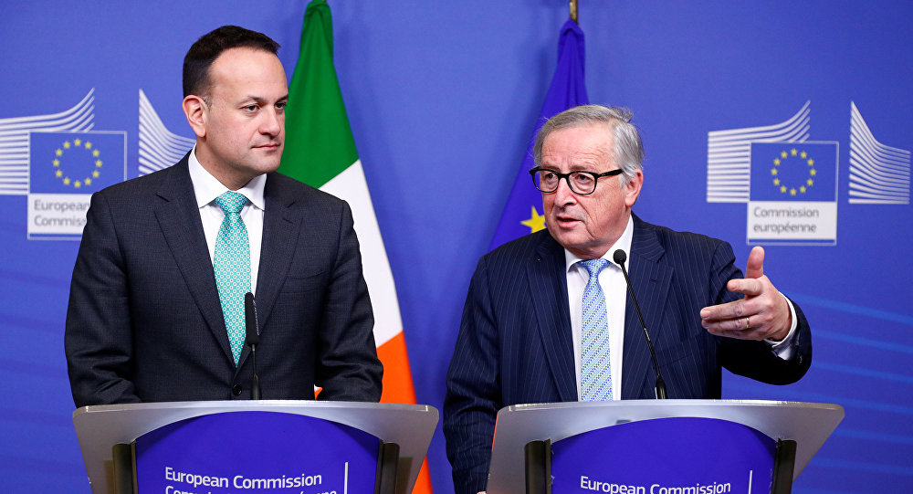 EU Commission President Jean-Claude Juncker and Irish Prime Minister Leo Varadkar hold a news conference after their meeting in Brussels, Belgium February 6, 2019.