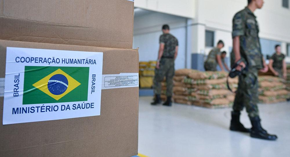 Brazilian soldiers organize humanitarian aid for Venezuela