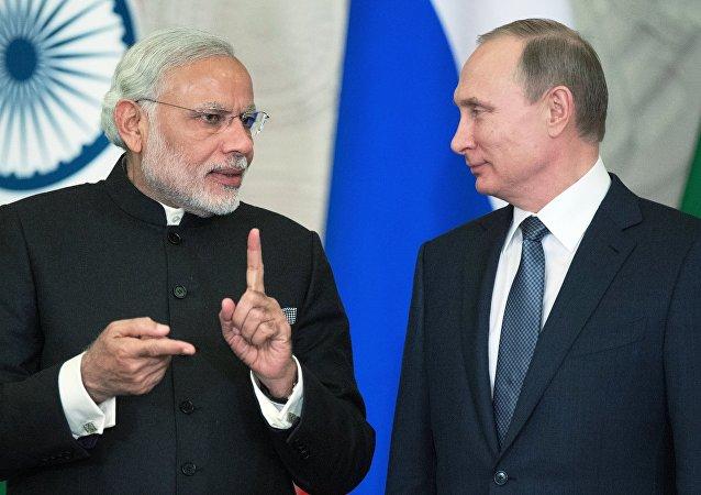 Russian President Vladimir Putin and Indian Prime Minister Narendra Modi