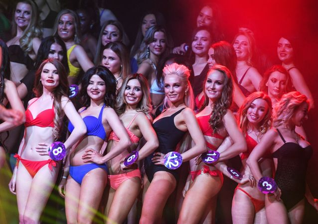 Itsy Bitsy Teeny Weeny: Moscow's 2019 Miss International Mini
