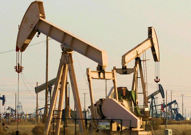 Oil well pump jacks