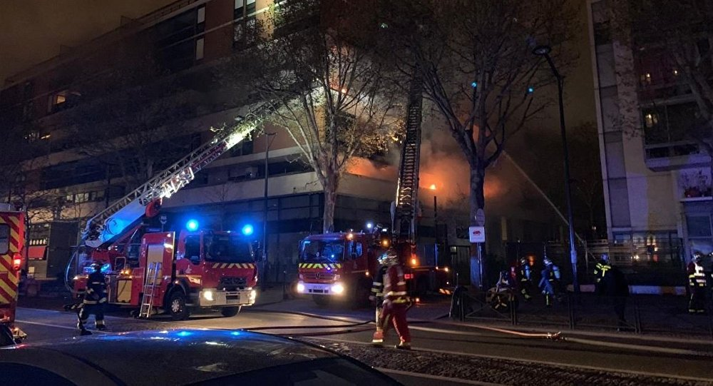 Massive BLAST rocks Paris building as firefighters struggle with monster blaze on Saturday evening 6 April