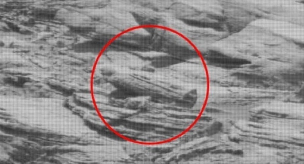 Alien sarcophagus found on Mars