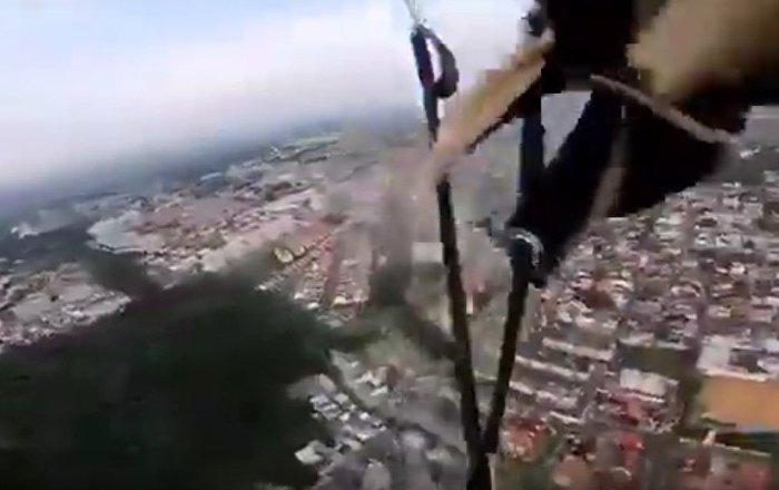 Liveleak / Skydiver Landing Error