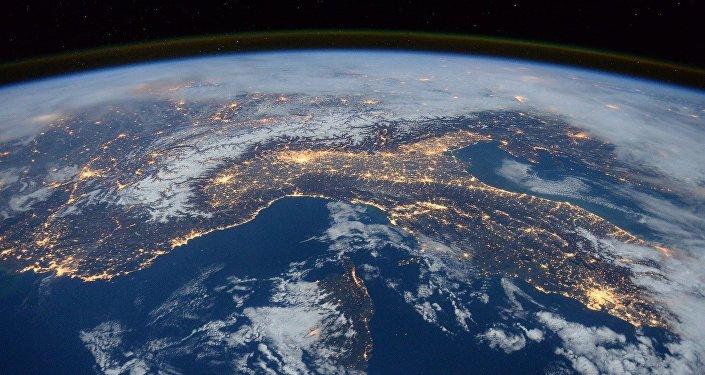 New Study Reveals When Earth Will Run Out of Oxygen - Sputnik International