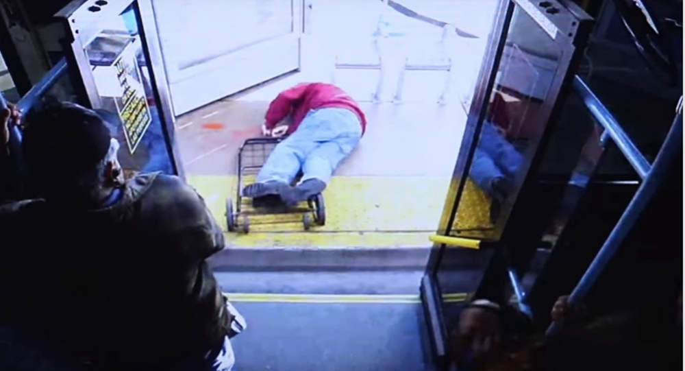 Nevada Elderly Man Pushed Off Bus Dies From Injuries, Woman Charged