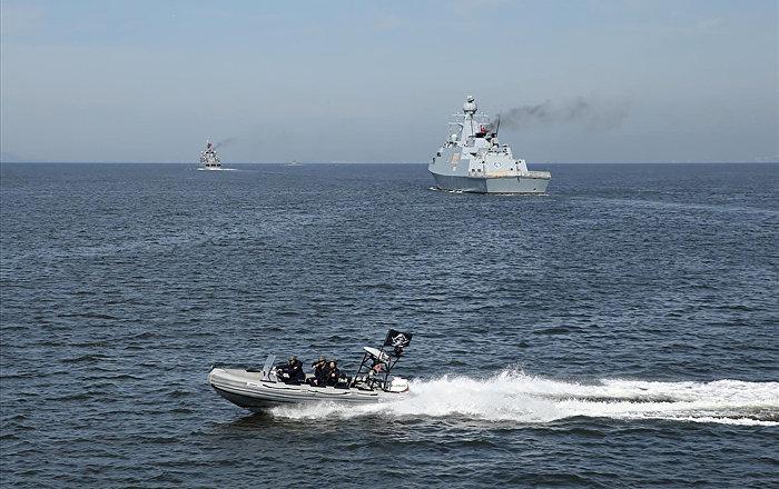 Greek Vessel Cuts Off Turkish Corvette During Ankara's Military Drills (VIDEO)