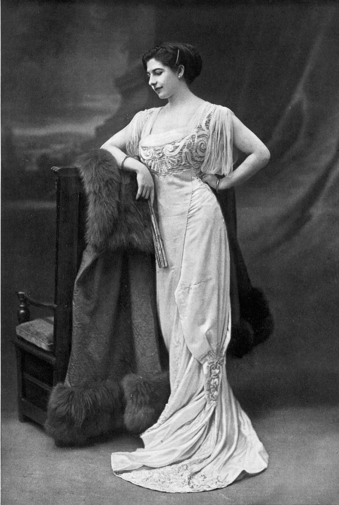 Mata Hari danced in a ballet scene in the third act of 'Antar' staged by Chekri-Ganem to the music by Rimsky-Korsakov, 1910