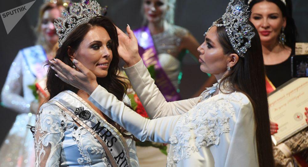 Ksenia Krivko from Kemerovo claimed the title of Mrs Russia Globe 2019