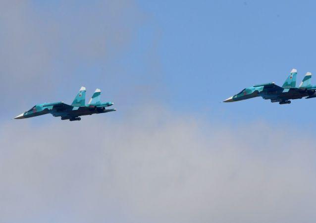 Russian Su-34 bombers (File)