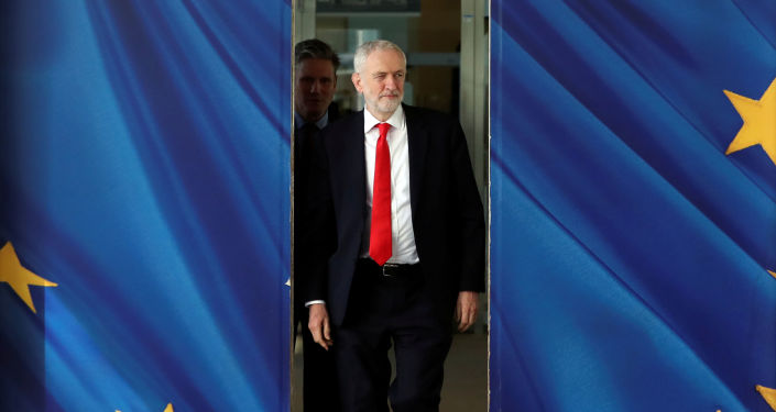 FILE PHOTO: Britain's opposition Labour Party leader Jeremy Corbyn and Labour Party's Shadow Secretary of State for Departing the European Union Keir Starmer leave after a meeting with European Union's Chief Brexit Negotiator Michel Barnier in Brussels, Belgium March 21, 2019.  REUTERS/Yves Herman/File Photo
