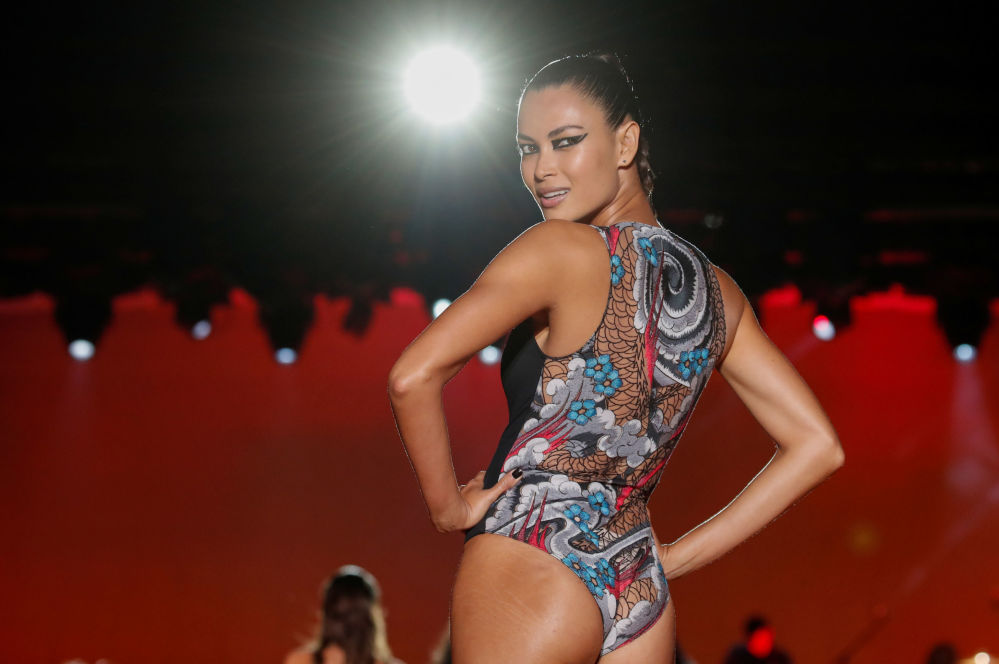 Love Yourself: Beautiful Models Walk on Paris Runway in Sexy Lingerie From Etam