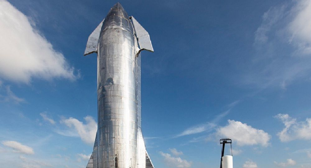 SpaceX CEO Elon Musk said the Starship reusable spacecraft will be launched in 1-2 months and fly to about 20 kilometers above the Earth