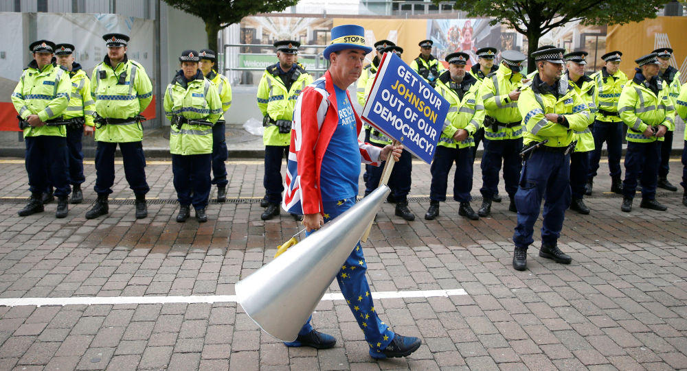Anti-Brexit protester Steve Bray demonstrates outside the venue where the Conservative Party annual conference is held in Manchester, Britain, September 28, 2019