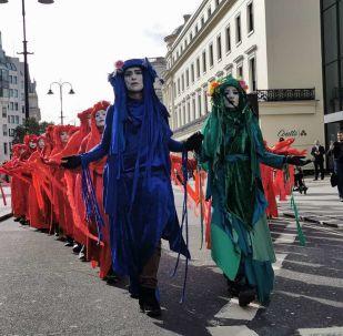 Extinction rebellion demonstrators in London