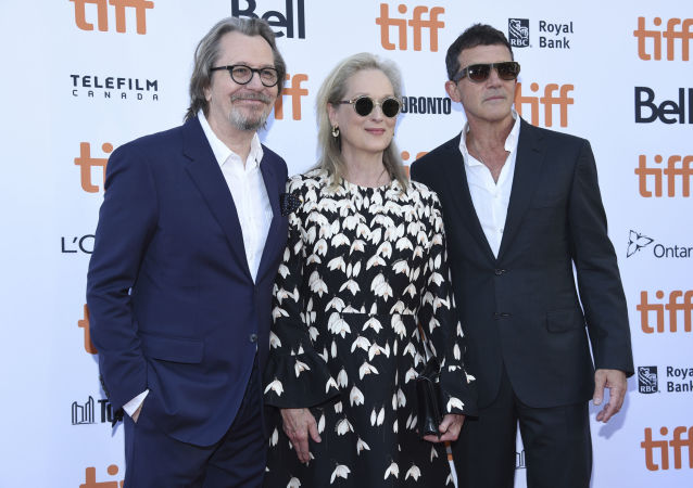 Gary Oldman, from left, Meryl Streep and Antonio Banderas attend a premiere for The Laundromat on day five of the Toronto International Film Festival at Princess of Wales Theatre on Monday, Sept. 9, 2019, in Toronto. (Photo by Chris Pizzello/Invision/AP)
