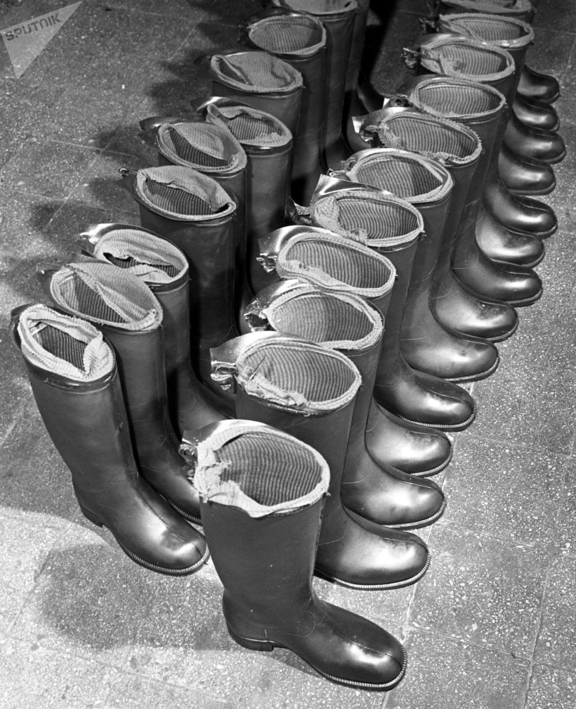 Rubber boots made at Krasny Bogatyr Moscow-based factory (1962)